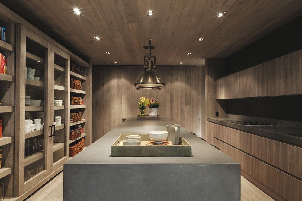 El-Mirador-House-CC-Arquitectos-Modern-Design-Horse-4