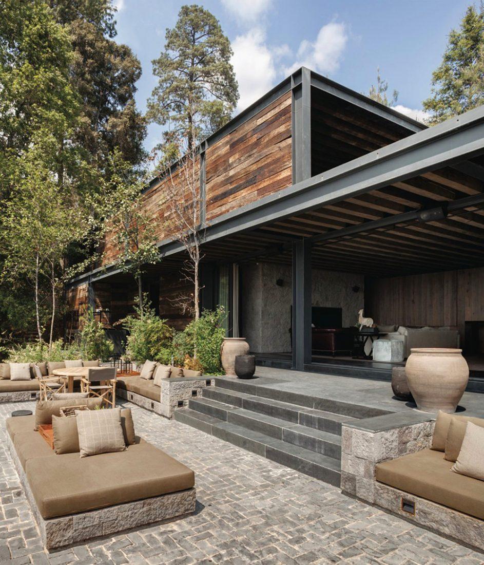 El-Mirador-House-CC-Arquitectos-Modern-Design-Horse-9