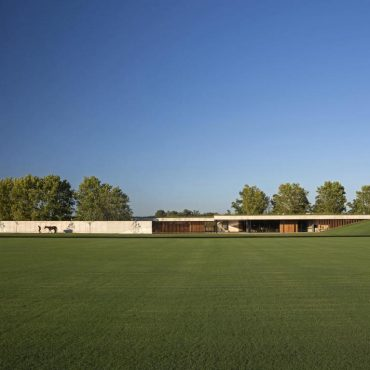 Architecture: Figueras Polo Stable